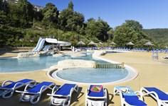 Vakantiepark Le Domaine des Hauts de Salavas <br/>EUR 221.36 <br/> <a href='https://www.vacanceselect.com/nl/Partners/TradeTracker/?tt=865_250989_45326_Heerlijkevakantie&r=https%3A%2F%2Fwww.vacanceselect.com%2Fnl%2Fvakantiepark%2Ffrankrijk%2Fardeche%2Fvakantiepark-le-domaine-des-hauts-de-salavas%2F50423' target='_blank'>Reserveren</a>
