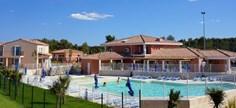 Vakantiepark Golf de la Cabre d&amp;apos;Or <br/>EUR 444.12 <br/> <a href='https://www.vacanceselect.com/nl/Partners/TradeTracker/?tt=865_250989_45326_Heerlijkevakantie&amp;r=https%3A%2F%2Fwww.vacanceselect.com%2Fnl%2Fvakantiepark%2Ffrankrijk%2Fprovence%2Fvakantiepark-golf-de-la-cabre-d-or%2F50501' target='_blank'>Reserveren</a>