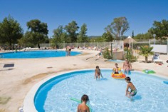 Camping.  Camping Domaine des Iscles