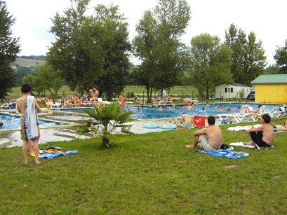 Camping Les 3 Lacs - Frankrig - Franske Alper