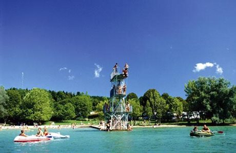 Camping Yelloh! Village Le Fayolan - France - Jura