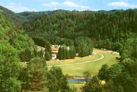 Camping Le Vaubarlet - Francja - Owernia