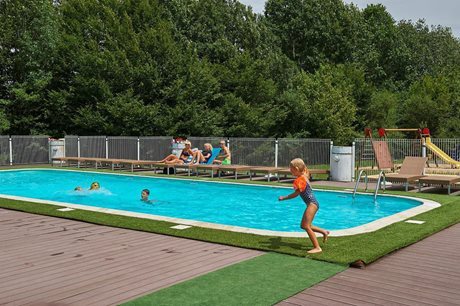 Le Lac Bleu Holiday Park - France - Dordogne