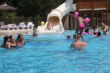 Camping Le Bois Feuri - Frankrig - Languedoc-Roussillon