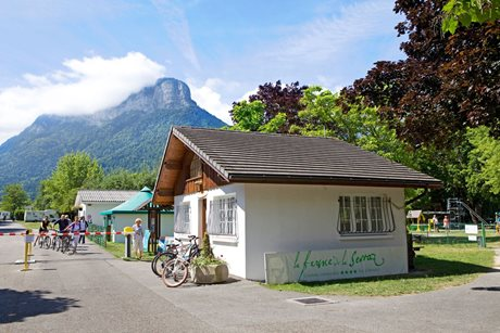 Camping La Ferme de la Serraz - France - French Alps
