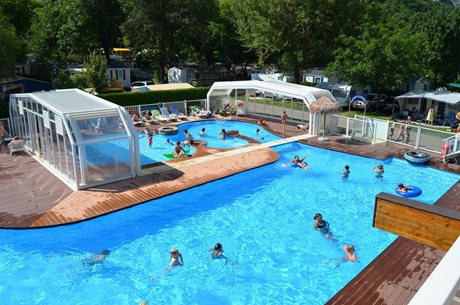 Camping Les Fontaines (Lac d'Annecy)