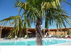 Vakantiepark Lodges en Provence <br/>EUR 311.70 <br/> <a href='https://www.vacanceselect.com/nl/Partners/TradeTracker/?tt=865_250989_45326_Heerlijkevakantie&r=https%3A%2F%2Fwww.vacanceselect.com%2Fnl%2Fvakantiepark%2Ffrankrijk%2Fprovence%2Fvakantiepark-lodges-en-provence%2F51148' target='_blank'>Reserveren</a>
