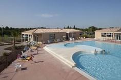 Vakantiepark Demeures du Ventoux <br/>EUR 329.18 <br/> <a href='https://www.vacanceselect.com/nl/Partners/TradeTracker/?tt=865_250989_45326_Heerlijkevakantie&amp;r=https%3A%2F%2Fwww.vacanceselect.com%2Fnl%2Fvakantiepark%2Ffrankrijk%2Fprovence%2Fvakantiepark-demeures-du-ventoux%2F50408' target='_blank'>Reserveren</a>