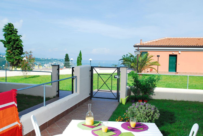 Residence Villa Beuca  Boek Bij D U00e9 Specialist