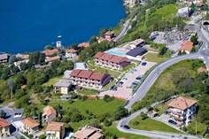 Residence Oasi del Viandante <br/>EUR 605.50 <br/> <a href='https://www.vacanceselect.com/nl/Partners/TradeTracker/?tt=865_250989_45326_Heerlijkevakantie&amp;r=https%3A%2F%2Fwww.vacanceselect.com%2Fnl%2Fvakantiepark%2Fitalie%2Fcomomeer%2Fresidence-oasi-del-viandante%2F3689' target='_blank'>Reserveren</a>