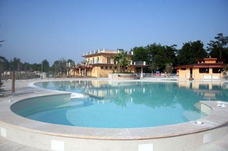 Camping Baia Verde - Italy - Lake Garda