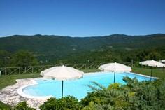 Agriturismo Villa Borgo Antico <br/>EUR 1221.14 <br/> <a href='https://www.vacanceselect.com/nl/Partners/TradeTracker/?tt=865_250989_45326_Heerlijkevakantie&r=https%3A%2F%2Fwww.vacanceselect.com%2Fnl%2Fvakantiepark%2Fitalie%2Ftoscane%2Fagriturismo-villa-borgo-antico%2F51830' target='_blank'>Reserveren</a>