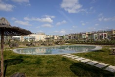 Vakantiepark Toscana Biovillage <br/>EUR 723.79 <br/> <a href='https://www.vacanceselect.com/nl/Partners/TradeTracker/?tt=865_250989_45326_Heerlijkevakantie&r=https%3A%2F%2Fwww.vacanceselect.com%2Fnl%2Fvakantiepark%2Fitalie%2Ftoscane%2Fvakantiepark-toscana-biovillage%2F50810' target='_blank'>Reserveren</a>