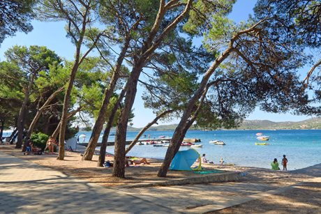 Camping Mediteran Kamp Ljutić - Kroatië - Dalmatië