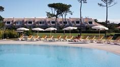 Villa Bicuda <br/>EUR 542.96 <br/> <a href='https://www.vacanceselect.com/nl/Partners/TradeTracker/?tt=865_250989_45326_Heerlijkevakantie&r=https%3A%2F%2Fwww.vacanceselect.com%2Fnl%2Fvakantiepark%2Fportugal%2Fcosta-de-lisboa%2Fvilla-bicuda%2F52025' target='_blank'>Reserveren</a>