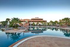Vakantiepark Monte Santo <br/>EUR 918.12 <br/> <a href='https://www.vacanceselect.com/nl/Partners/TradeTracker/?tt=865_250989_45326_Heerlijkevakantie&amp;r=https%3A%2F%2Fwww.vacanceselect.com%2Fnl%2Fvakantiepark%2Fportugal%2Falgarve%2Fvakantiepark-monte-santo%2F51294' target='_blank'>Reserveren</a>